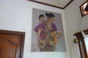 2階のアトリエにはご家族を描いた作品が
