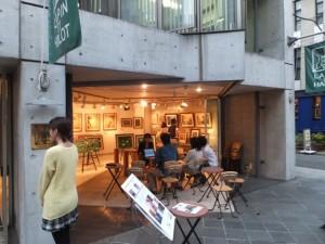 バリ絵画展@表参道のオープンテラス