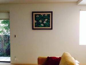 さっそく新居のリビングに飾っていただきました