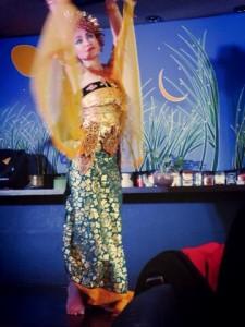 ブログ110_ミツバチの踊り