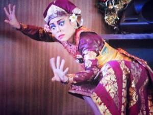 タルナ・ジャヤ(若き戦士の踊り)