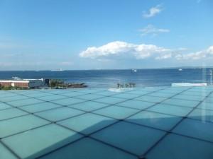 横須賀美術館屋上からの眺め