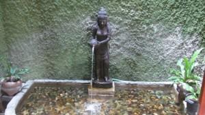 水の女神デウィ・ガンガ