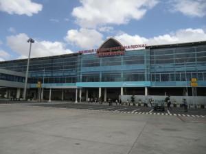 ブログ163_ロンボク空港